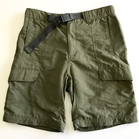 bbbc14f64 Olive green The North Face cargo shorts